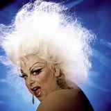 Especial dedicado a la memoria de Divine en Cosmoestereo 103.3 FM (1988)