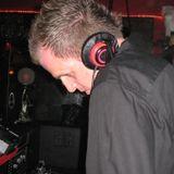 DJ GROOVY Q - Moving House