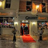 Pete D-Vinyl Live @ Grannie Annies Derry !  , no Sync buttons or monitor in dj Booth.. Dj Mashup !