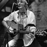 maedchenradio show on 17th May 2014 with live guest singer-songwriter Ulrich Stern from Berlin