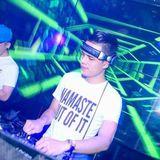 Nonstop - Thính Bay Lung Tung - DJ Banana On The Mix