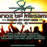 Handz Up Megamix Vol. 15 (Mixed by Ron Bee) (2013)