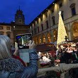 RADIO EFFE    Folla di Natale e argine alle auto, ecco com'è andata. Parla Gamurrini