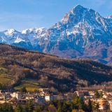 """Montagne d'Abruzzo Amore mio""  Schwinn by Night 6th ed. Hill Class"