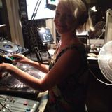Linda Jenssen On Bondi Radio 10th April
