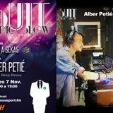 SUIT_RADIO_SHOW_ALBER PETIE