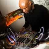 COLIN DALE live at MAZI 7th December 2014 Plateau Canary Wharf