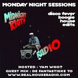 Midnight Riot Radio - special guests De Fantastiske To and Yam Who?