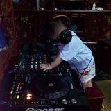 NST -vitamin ke bay-Lá Đu Đủ Non Vol.1  -DJ Hiếu *69* One Remix