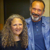 Linda and Howard Beckman from Heartworks International are our guests. Recorded 01 01 2009.