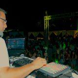 Electro pista !! mixed by André Moya - Dj Residente Xelha Multiespacio - temporada 2015