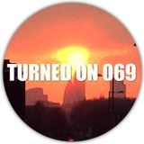 Turned On 069: Flume & Chet Faker, Aphex Twin, Debukas, Vincenzo, Death On The Balcony