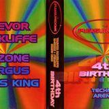 TAPE 4 - FERGUS & KRISS KING-PLEASUREDOME 4TH BIRTHDAY-TECHNO ARENA