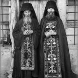 Monasterios y Trance: Estonia, Vudú, Cantos Musulmanes, Tibet, Tanzania, Ortodoxia Griega y Rusa