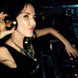Natalie Hadlow Livin room winter live mix