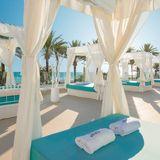 SeaSoul Iberostar Hotels Mallorca  - Red Lounge by Ed Junquera