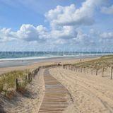 THE SOUND OF LACANAU BEACH (La Musique Coule)
