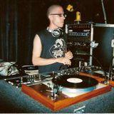 DJ Chris Aquilo live on 88.5 FM Radio x 2002 part 2.