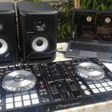 DJ Vittek in de house špecial mix(1.5.2014)