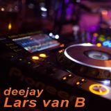 lars van b live at Schatzi Bar Ischgl closing festival 2019-04-28