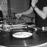 Sven Weisemann in the techno mix @ mBEAT Recordstore Potsdam /Germany 2005-09-28