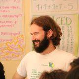 Μη βίαιη επικοινωνία: Ο Γιώργος Τσιτσιρίγκος, εκπαιδευτής επικοινωνίας, στις Εναλλακτικές Διαδρομές