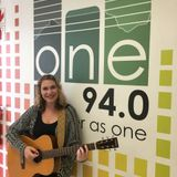 One FM 94.0 - Ian Ward chats to Francis Clare she performs live in studio!