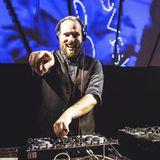 Max W. live @ Swing me Prague
