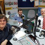 Carwyn Jones, Prif Weinidog Cymru yn ymweld a Radio Gymunedol MônFM, 19/1/17.