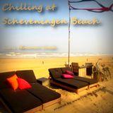 Minimal-Saesh - Chilling @ Scheveningen Beach
