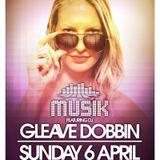 Musik @ Thompsons feat. Gleave Dobbin 6-4-14