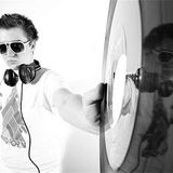 Xilent (Audioporn Records, Mainframe Recordings) @ Kiss FM presents, Kiss 100.0 FM (31.05.2012)