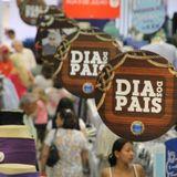 Falando em Economia com Gilberto Braga  - Como Preparar o Bolso para o Dia dos Pais