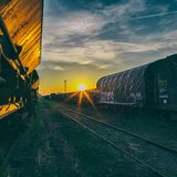 Sunset Trains (105 BPM)