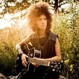 Andy Allo feat. Prince: Oui Can Luv