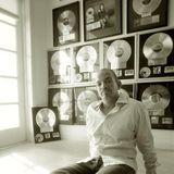 Albert Cabrera VS Giorgio Moroder - Feel Love  (Radio Blog MasterMix)