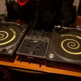Testing my new mixing table @ Dj FuNahZ 26-11-2015