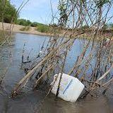 La contaminación del agua en el móvil de Luca Veloz