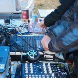 PtitJu (K1-Resistance) vs Crayon (Darakk) Live set @ Pop art café 16/03/2012