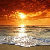 - TRAVERIABOX 5 - Rhythmic whispers of summer