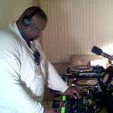 Dj Thomas Trickmaster E..LIVE Chicago House Music A Side Mini Mix From The 90's...