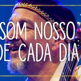 Caio Rocha apresentador do programa Buraco do Mundo entrevista Pedro Baldanza do Som Nosso