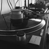 Ross Hutchison - April 2016 House Mix
