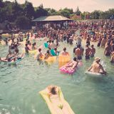 Soundwave Croatia 2015 - afternoon sun on the beach w/ The Sure Shot