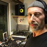 DJ Rob Maynard live on Locoldn.com radio live vinyl mixing 12-4-18