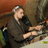 More Gater effect please!!!  :) - Decent B'nois @ Gin Tonic(Hungary, Szeged)