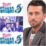 Scanzi: musica, sport, politica, tutte le passioni del giornalista scrittore aretino su Italia 5