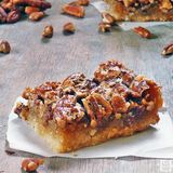 The Big G's Pecan Nut Slice - Cake Mix 026 - 18-04-2017