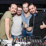 Partydul KissFM ed464 sambata part2 - ON TOUR Mystique Discoteque Baia Mare -live warmup by Dj Ghiri