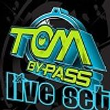Tom Bypass - Tekno Up Beat Live 2013